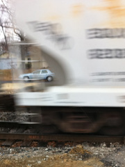 Post image for Man wearing iPod hit and killed by train near rail crossing in KY