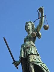 Railroad Crossing Lawsuit Attorney
